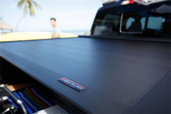 Roll N Lock A Series Retractable Tonneau Cover Ford 2017 19 F 250 F 350 80 4 Bed