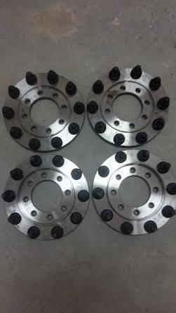 Diamond T Enterprises - Diamond T 10 Lug Super Single Wheel Adapters, Ford (1999-04) F-250/F-350 single rear wheel (front & rear)