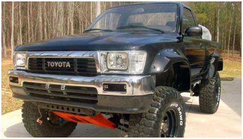 Bushwacker - Bushwacker Fender Flares,Toyota (1989-95) Pickup Front Pair(Cut-Out)
