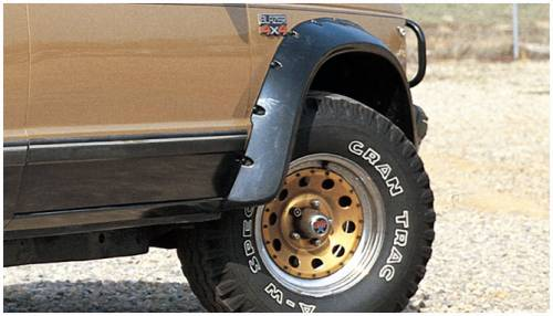 Bushwacker - Bushwacker Fender Flares,Chevy/GMC (1982-94) S10/S15/Jimmy/Blazer Front Pair(Cut-Out)