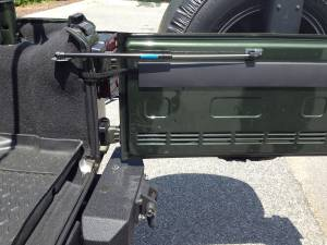 Rugged Ridge Tailgate Assist Kit (2007-10) Jeep Wrangler JK