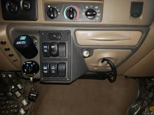 Interior Accessories - Switches and Accessories  - Ford Genuine Parts - Ford F-650 Dash Kit, Ford (1999-04) F-250/350/450/550/650 Super Duty (Automatic Transmission)