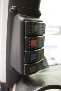 Daystar - Daystar A-Pillar Switch Panel, Jeep (2007-17) JK Wrangler (switches included)