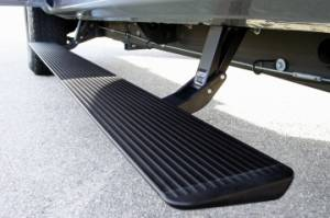 Nerf Bars & Steps - Powered Steps - AMP Research - AMP Research Power Step, Chevy/GMC/Escalade (2000-06) Tahoe,Suburban,Avalanche,Yukon,YukonXL,Escalade (Black)